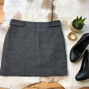 Loft tweed mini skirt with pockets size 6